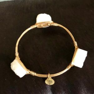 BOURBON AND BOWTIES Gold Wire Agate Bracelet